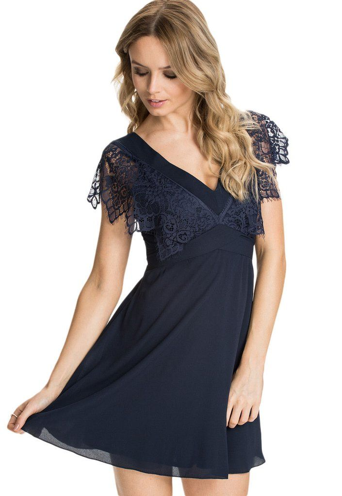 1000 id es sur le th me robes en mousseline de soie bleue sur pinterest robes en mousseline. Black Bedroom Furniture Sets. Home Design Ideas