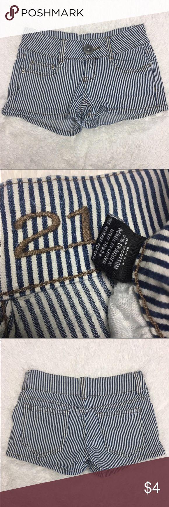 ✖️Last Days✖️Rue21 Train Conductor Denim Shorts Rue21 Train Conductor Pinstriped Denim Shorts  Rue21 Train Conductor Pinstriped Denim Shorts. Juniors size 5/6 - excellent condition! Inventory: A Shorts