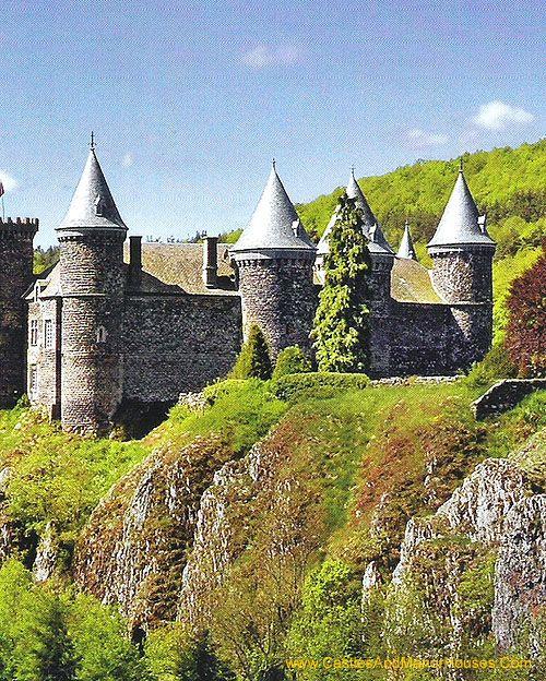 Chateau du Sailhant,   commune d'Andelat, Cantal, France....  http://www.castlesandmanorhouses.com/photos.htm