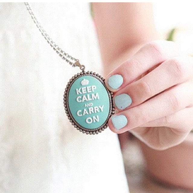 Keep calm necklacePastel Blue, Dreams Big, Pastel Cerveza Tennis, Style, Cute Necklaces, Keepcalm, Keep Calm, Carrie, Accessories