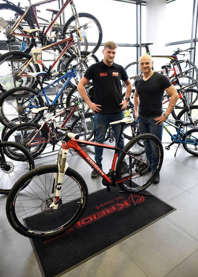 W tym sezonie wspieramy drużynę z Ustronia Kreidler Fan-Sport MTB Racing Team i trzymamy kciuki za świetne osiągnięcia :)