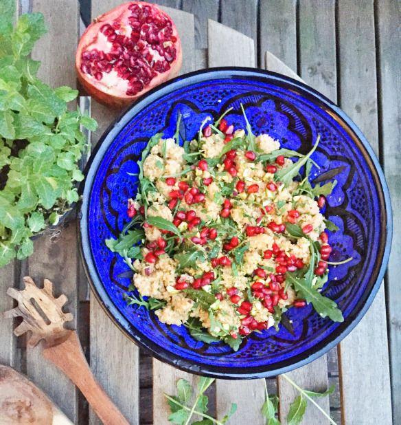 Søndags couscous med granatæble og pistacienødder