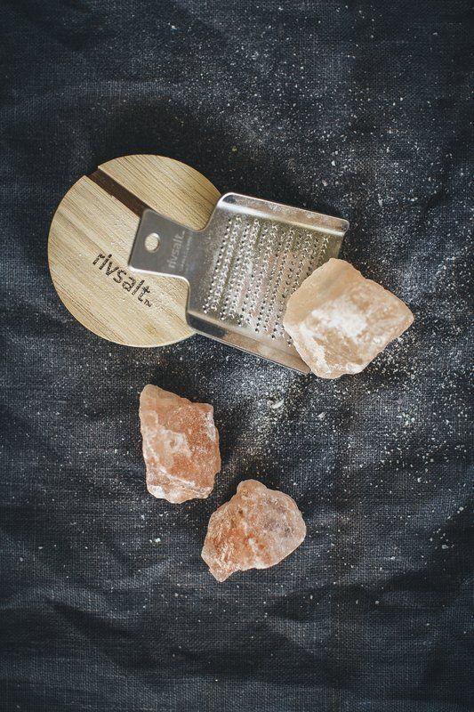 Rivsalt Salt & Grater Set