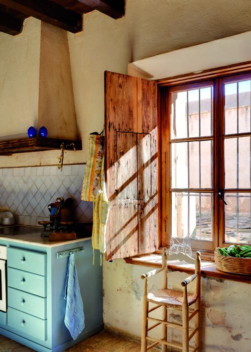 La esencia del r stico contraventana de madera ventana - Rejas de madera ...