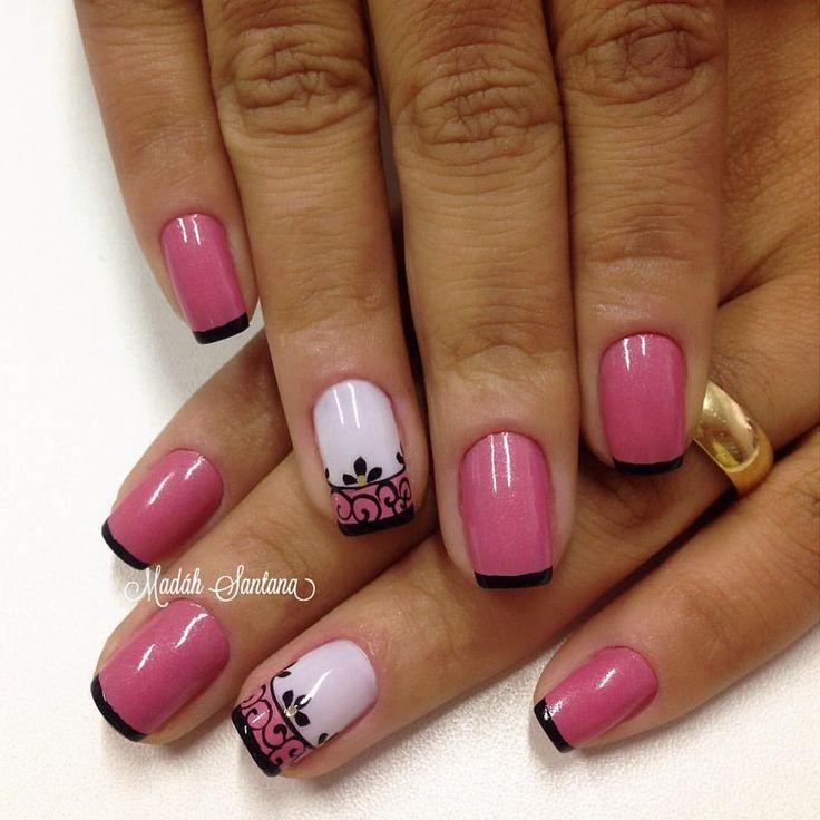 "By Madáh Santana on Instagram: ""Nails #mimo #Rosa #filha #única #arabescos #madahsantana #manicure #nailartes #naoéadesivo #tudofeitoamaolivre #traçolivre ❤️"""