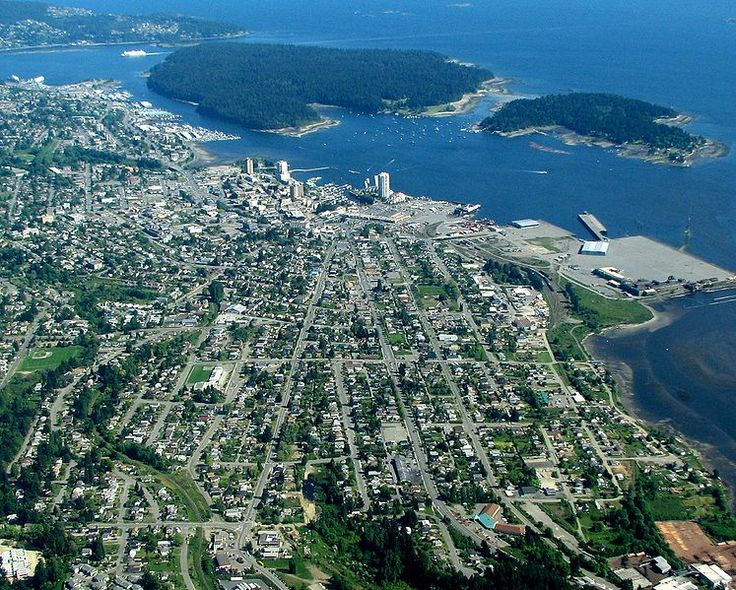 Modern aerial of central Nanaimo and the islands of Newcastle and Protection.