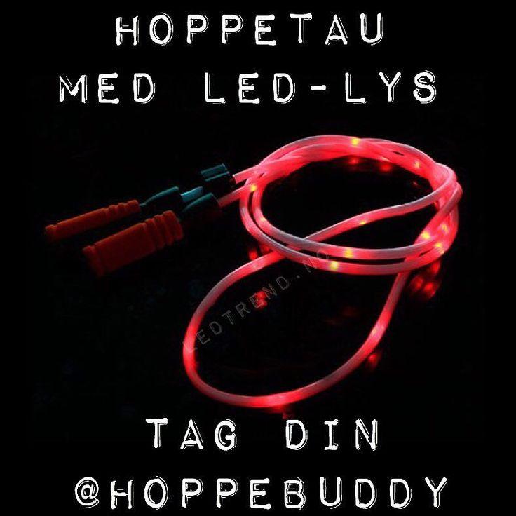 Hoppetau med LED-lys til 159kr billig moro kan enn si.. Hvem er hoppebuddy? #ledtrend #hoppetau #hoppe #hoppedilla #hopper #lek #moro #barneleker #barneleke #tau #skoleleker #barnehagelek