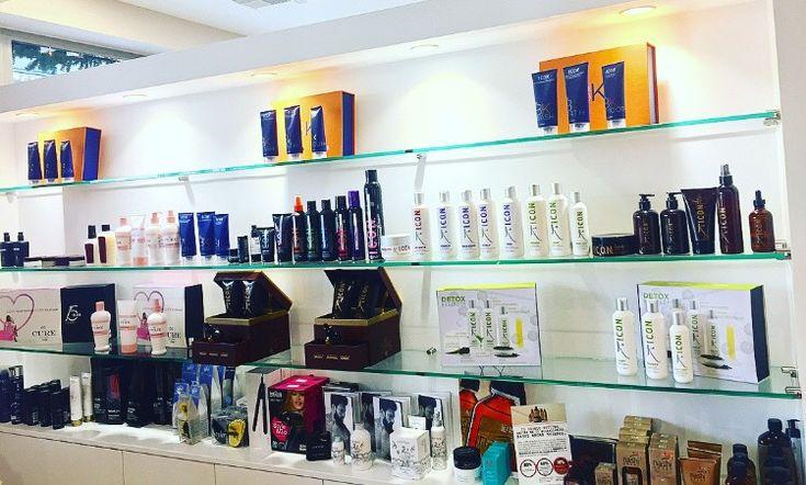 Στο 101 Hair Science, η περιποίηση των μαλλιών σας γίνεται αποκλειστικά με τα πιο ποιοτικά προϊόντα της αγοράς! 🔝 ➡ Κλείσε το ραντεβού σου σήμερα… Μια δοκιμή θα σε πείσει!  ☎ Τηλεφώνησε στο: 2106838900.  #101HairScience #HairCare