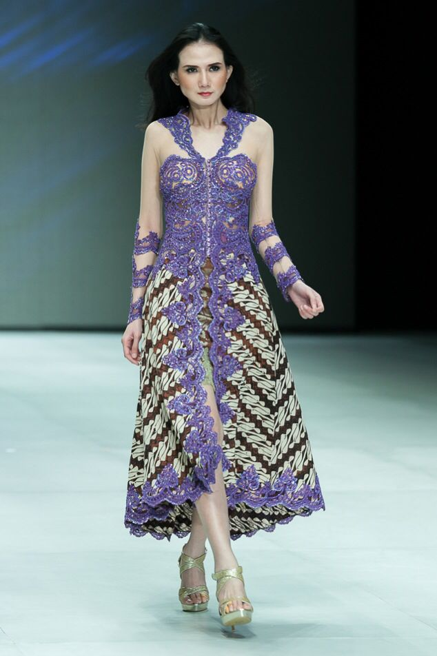 a touch of lace on batik  ...
