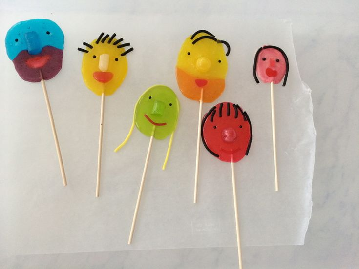 Homemade lollipops made from store-bought candy from Candy Aisle Crafts