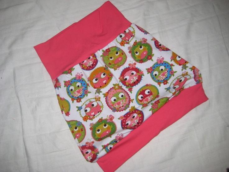 Mitwachsrock    Gr.  92 - 98       Praktisch und flexibel! Dieser mitwachsende Babyrock ist für das Kleine bequem zu tragen und der Mama vereinfacht