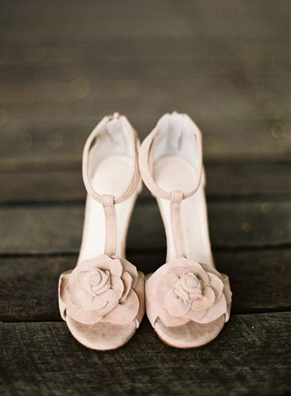 pink wedding shoes | photo by Byron Loves Fawn Photography | 100 Layer Cake
