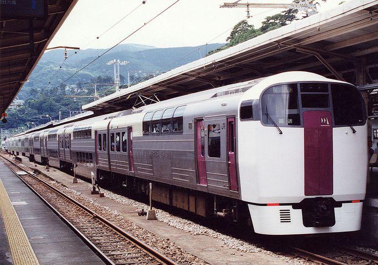 JR東日本215系電車 -熱海駅