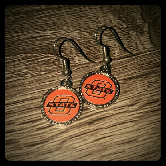 OSU Game Day Earrings Oklahoma State University hook earrings. Super cute for game day and could bundle with necklace! Jewelry Earrings