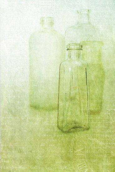 Bottles by M a r i e B a r c i aHoneydew Green, Pale Green, Pale Palettes, Green Bottle, Soft Green, Mary Barcia, Honeydew Melon, Colors Chartreuse, Sheer Glasses