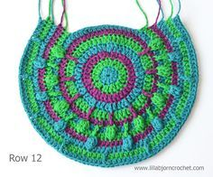 Peacock Tail Bag - Part 2. FREE crochet pattern and original design by Lilla…