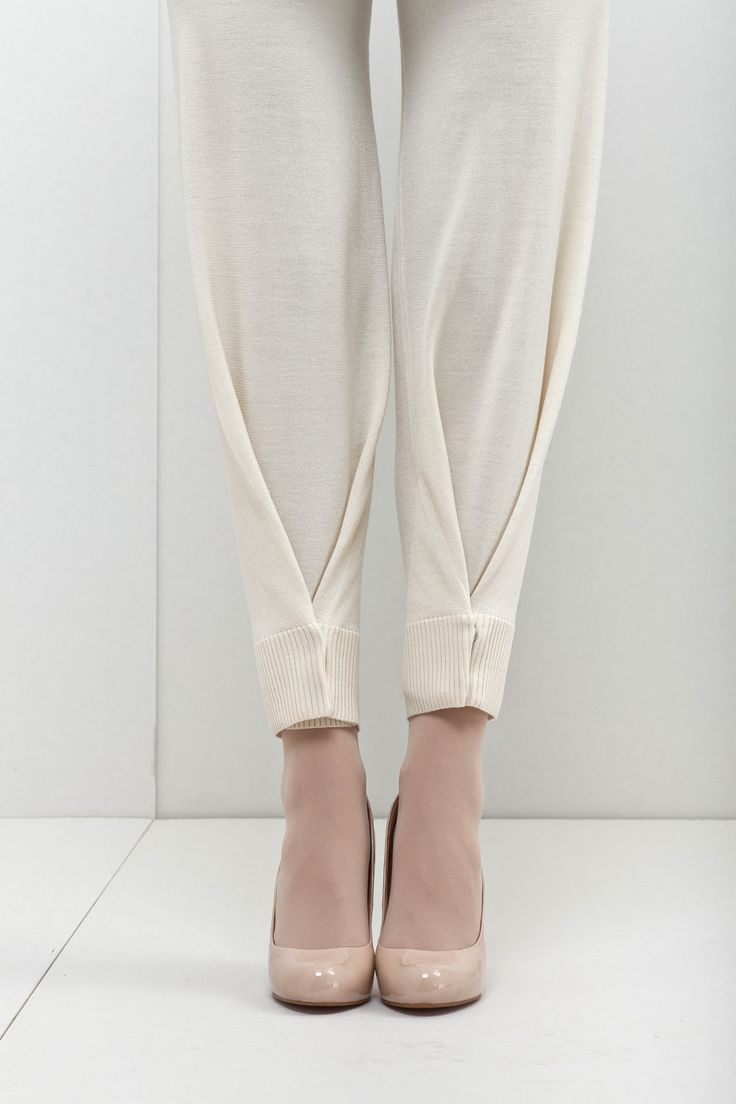 Snap Hem Pants - creative sewing ideas; fashion design detail // New Form Perspective: