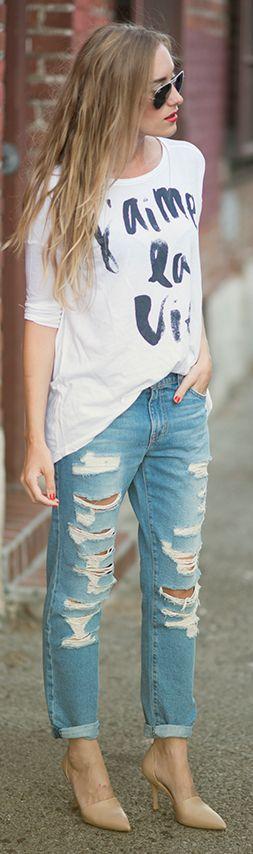 Sundry Clothing White Women's Basic 'j'aime La Vie' Tshirt by Eat.Sleep.Wear.
