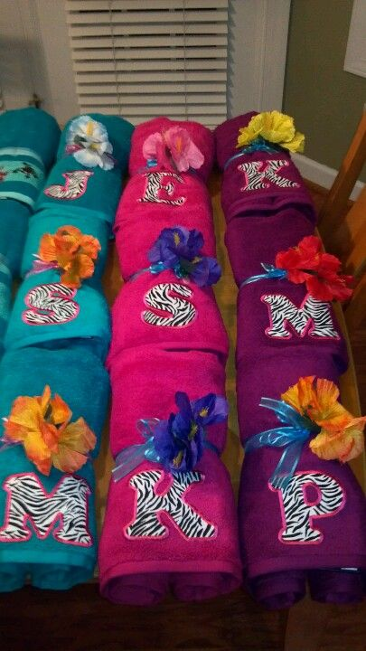 Pool party favor...bath towel and iron on letter...now, where to find 8 hot pink towels and zebra iron on letters...