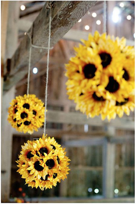 Roundup: 10 Rustic Fall Decor Ideas to DIY