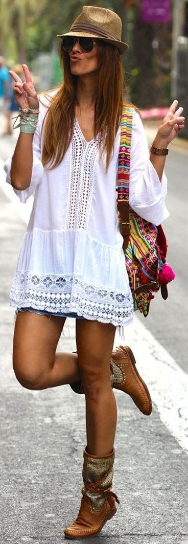Kuka & Chic White Women's Crochet Detail Embroidered Loose Tunic