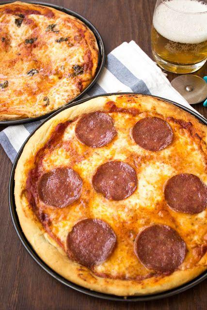 Σσσσ…. ησυχία παρακαλώ…. Σήμερα μιλάμε για πίτσα. Κι όταν μιλάμε για πίτσα όλα τα άλλα σταματάνε. Και όταν θέλω…