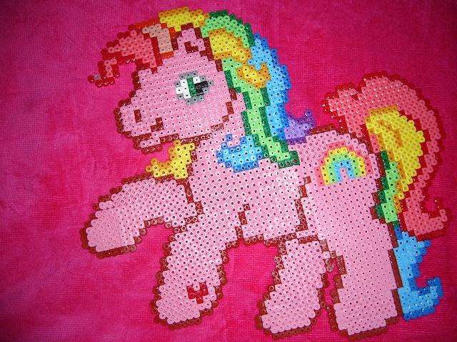 hama / perler my little pony by ellis1024, via Flickr