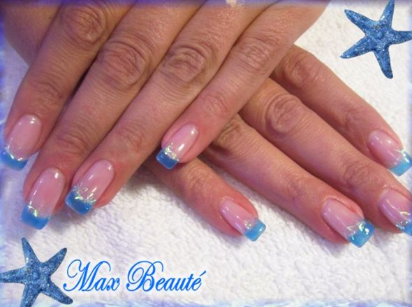 Aqua blue nails design | Nail Art Ideas