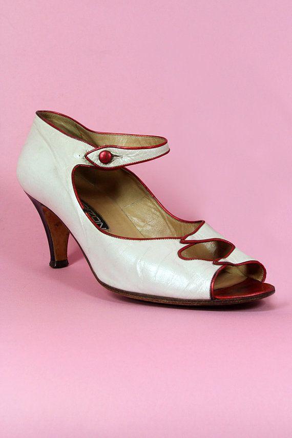 Vintage 40s CUTOUT ITALIAN Shoes Maud Frizon by TatiTatiVintage, $68.00