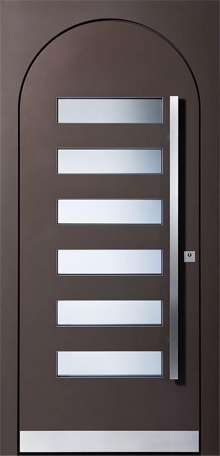 Haustürmodell Burgund in braun von Pieno. Fragen Sie noch heute Ihre Pieno-Türe bei Fenster-Schmidinger aus Gramastetten in Oberösterreich an!   #Türen #Haustürmodelle #braun #Rundes #Türblatt
