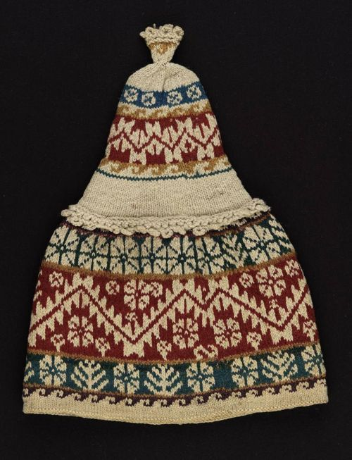 omgthatdress:  Bolivian chullo via The Museum of Fine Arts, Boston