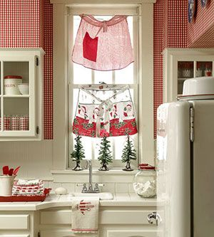 Aprons as window treatments!  Cute!  (& gingham wallpaper): Decor Ideas, Vintage Christmas, Kitchens Curtains, Christmas Kitchens, Vintage Aprons, Christmas Aprons, Window Treatments, Cafe Curtains, White Kitchens