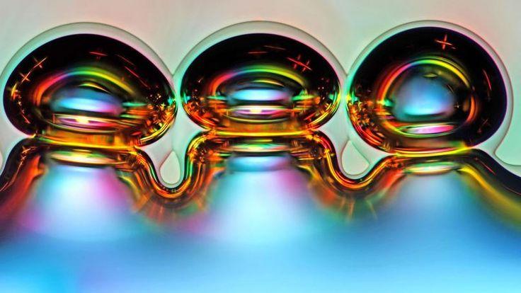 Des bulles d'air formées à partir des cristaux d'acide ascorbique fondus