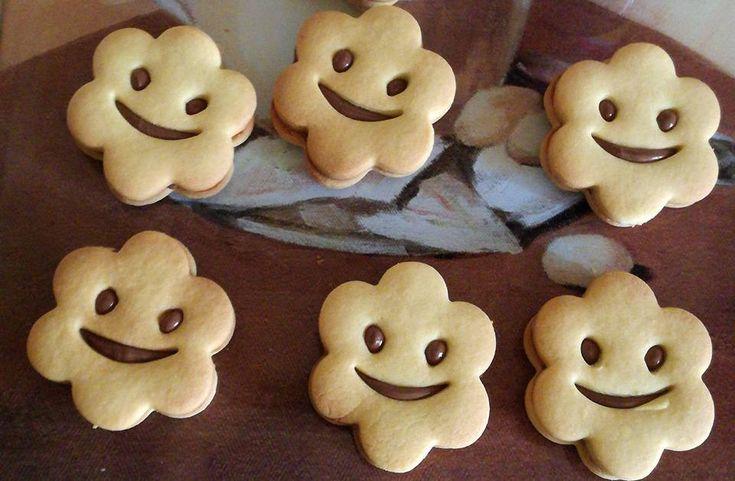 sotto vi riporterò vari esempi di biscotti ottenuti con questa frolla