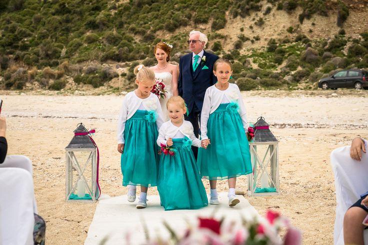Everything is ready - The bridal party just arrived #beachwedding #weddingingreece #mythosweddings #kefalonia