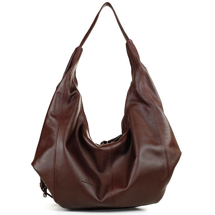 22. Большие сумки на плечо. Не кроссбоди, не с короткими ручками - обязательно на плечо.
