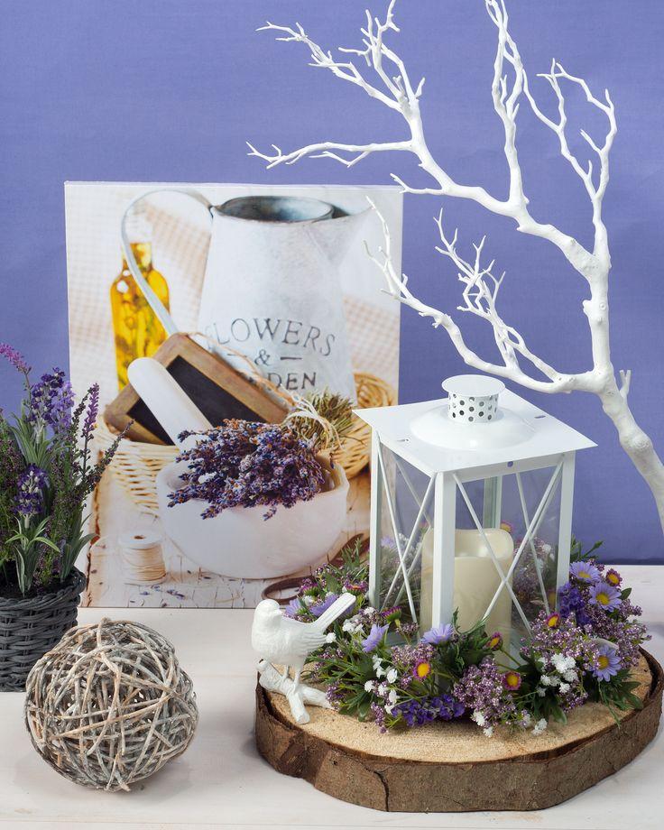 Holzscheibe (Fichtenholz) mit Lavendelbild, Lavendel im Korb und Wood Art Kugel