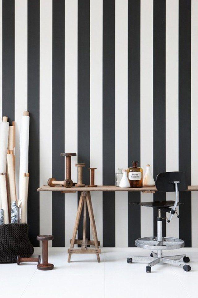 Striped wallpaper. #wallpaper