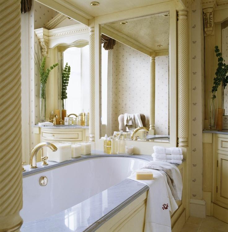Master Bedroom En Suite. Design by Oliver Burns.