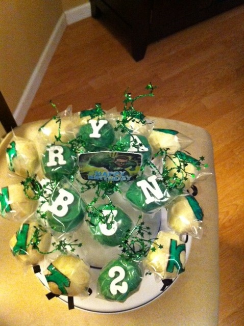17 Best images about Green Latern cake on Pinterest  Birthday cakes ...