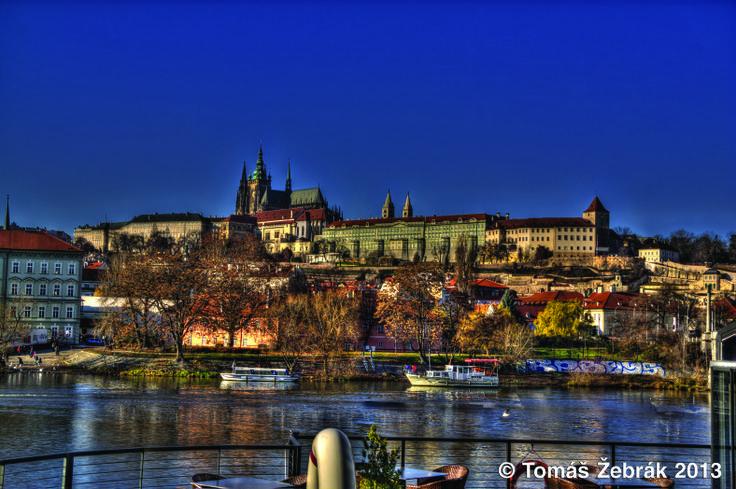 Pražský hrad - klenot architektury, procházejí tudy dějiny, strašidla i prezidenti...