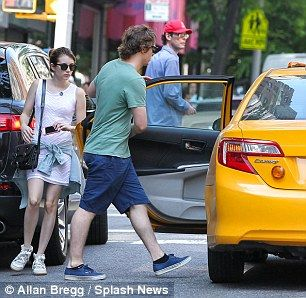 Emma Roberts and fiance Evan Peters took a ride from 875 Park Ave to 533 E 84th Street on May 21, 2013, with a $6.50 fare, though they only tipped $1 http://dailym.ai/1rHYhtH