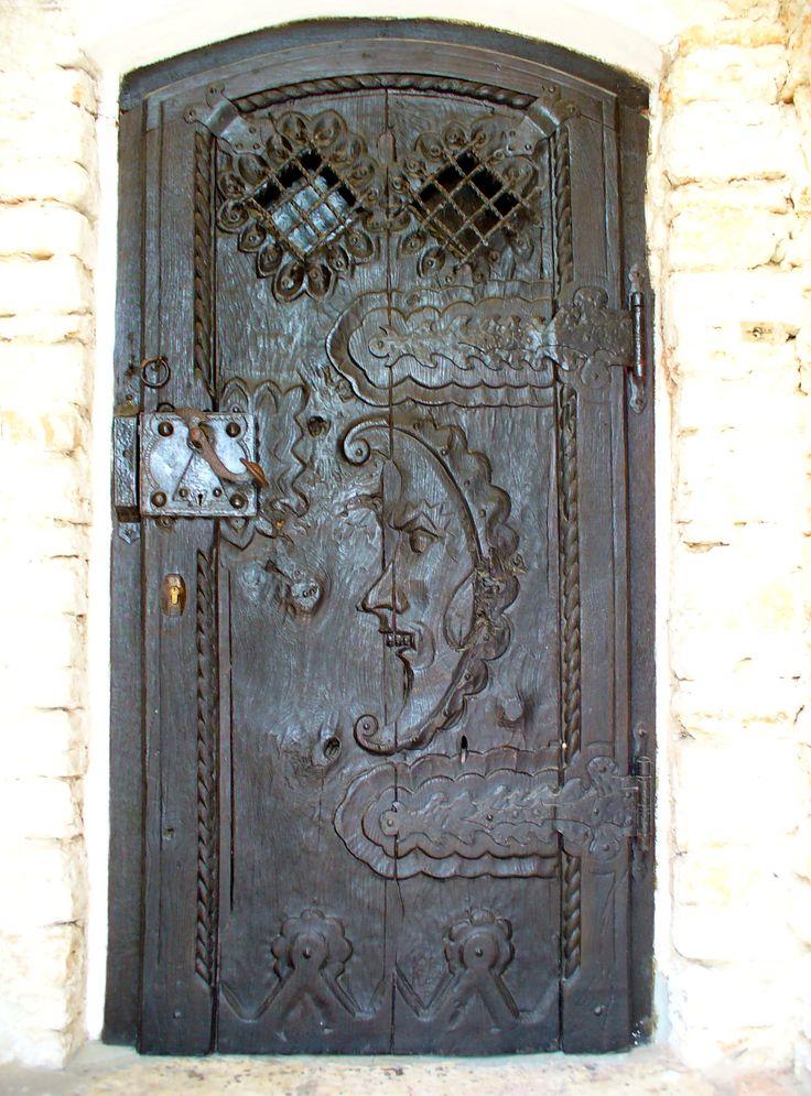 .man in the moonThe Doors, Zombies Apocalyps, Front Doors, Vintage Wooden, Old Doors, Wooden Doors, Moon Doors, The Moon, Wood Doors