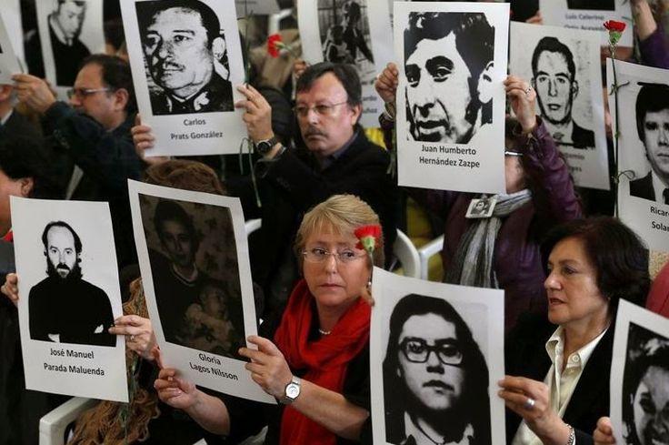 #Internacional: Chile recuerda a Salvador Allende y el golpe de estado http://jighinfo-internacional.blogspot.com/2014/09/chile-recuerda-salvador-allende-y-el.html?spref=tw
