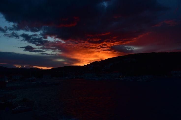 Island sunset in Jelsa Hvar (Croatia) [6000x4000]