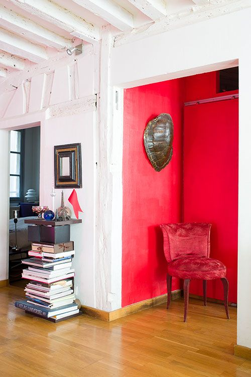 Design Sponge - Isabelle Rivoire Grange - I wish I could show my melted heart for this apartment