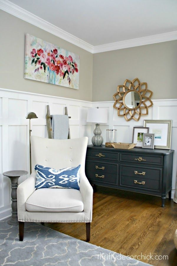 Simplifying the Art on the Walls | Thrifty Decor Chick | Bloglovin'