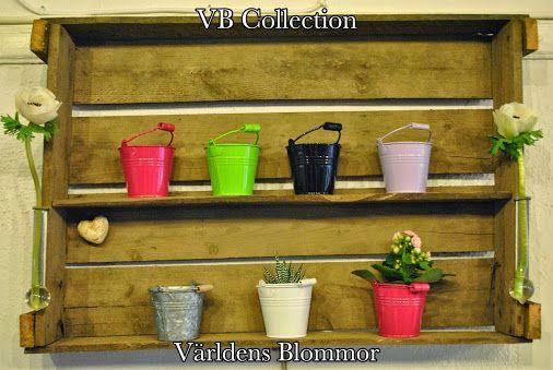 Vår egen VB Collection, med mestadels återvunna saker du inte viste att det är möjligt att återvinna. Världens Blommor Annorlunda blomsterbutik i Skåne Norra Långgatan 16, Landskrona www.varldensblomm... På vår web sida hittar ni KLICKBARA ikoner för att komma till: PINTEREST FACEBOOK TWITTER INSTAGRAM GOOGLE PLUS GOOGLE MAPS YOUTUBE