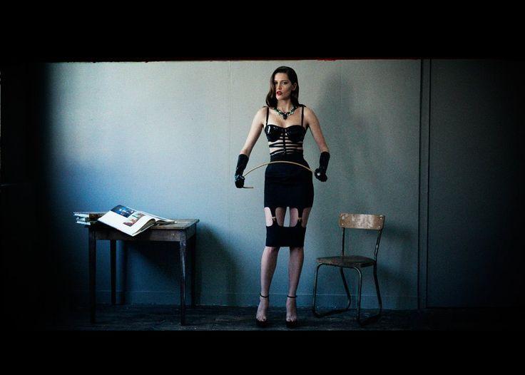 """La série photos baptisée """"Clinic"""" par Pierre Dal Corso pour Mise en Cage... avec des Maison Ernest... www.maisonernest.com"""