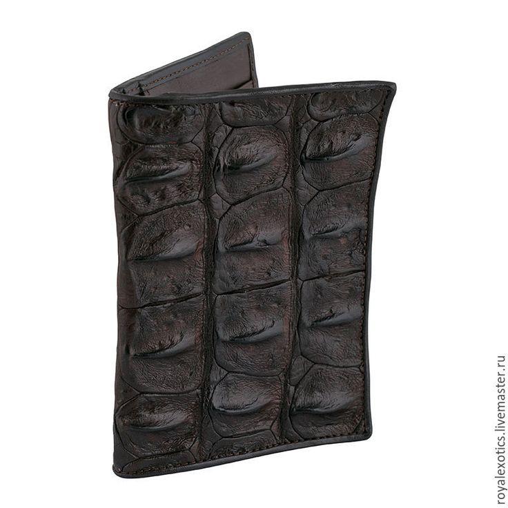Купить Обложка для документов из кожа аллигатора! - коричневый, коричневая кожа, кожа крокодила, аллигатор